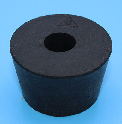Picture of R-777 - #8 Rubber Stopper w/ 1 Large Hole (R777)