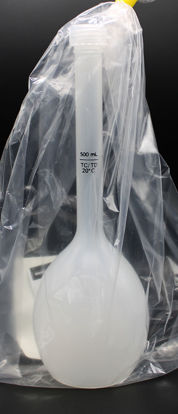 Picture of FN-205 - 500 ml Class B PP Volumetric Flask w/ Cap (FN205)